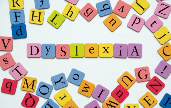 dyslexia-spelled-out-in-letters
